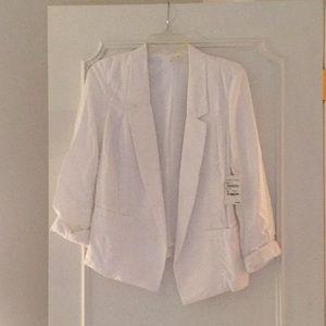 NWT- White Blazer size M